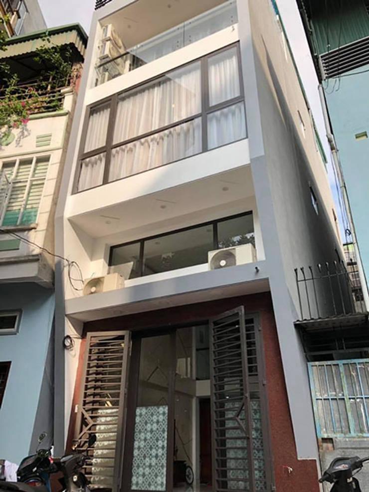 Ảnh thực tế không gian nhà ở nhà chị Yến ở Long Biên:  Artwork by Nội thất Hpro