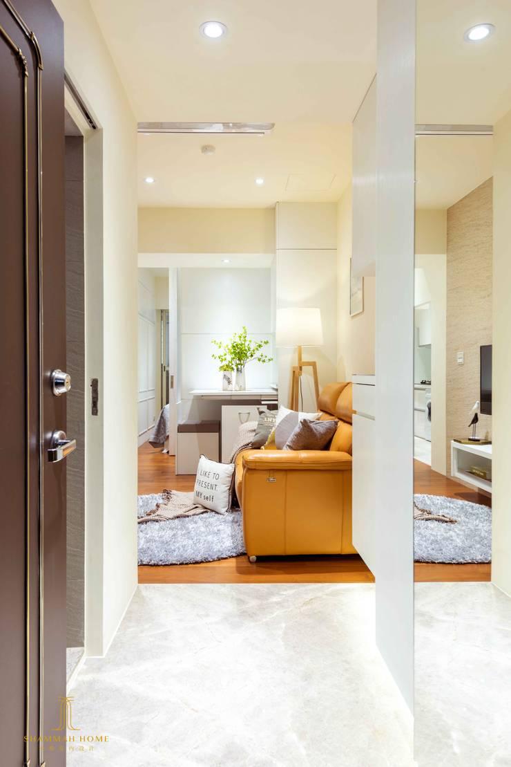 純白簡約  機能小套:  走廊 & 玄關 by 沙瑪室內裝修有限公司