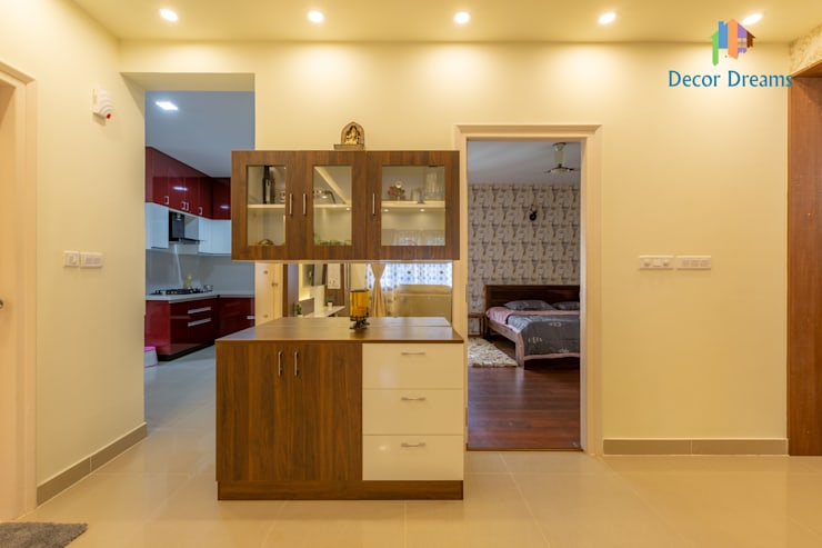 Valmark Aastha, 3 BHK - Mr. Anup & Ms. Harshitha:  Dining room by DECOR DREAMS
