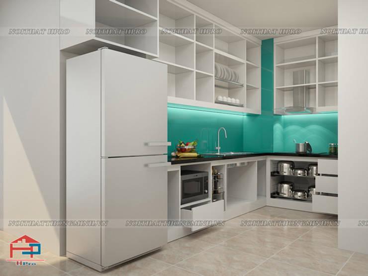 Ảnh thiết kế 3D tủ bếp laminate An Cường nhà chị Hương ở Nguyễn Tuân:  Kitchen by Nội thất Hpro