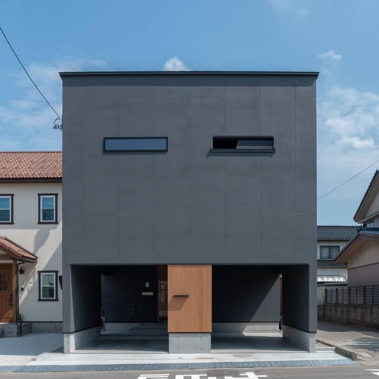 Casas unifamilares de estilo  de 家山真建築研究室 Makoto Ieyama Architect Office, Minimalista