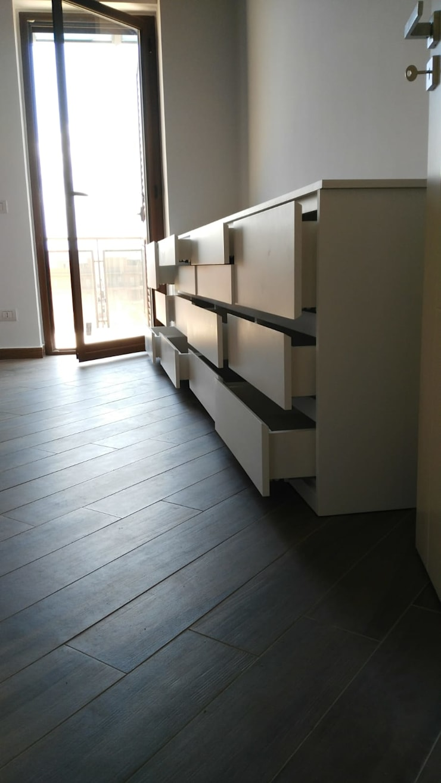 Armadio e cassettiera per camera da letto moderna di PERCORSOARREDO ...