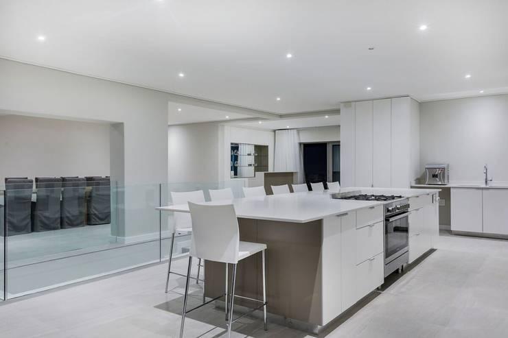 Dapur built in oleh FRANCOIS MARAIS ARCHITECTS