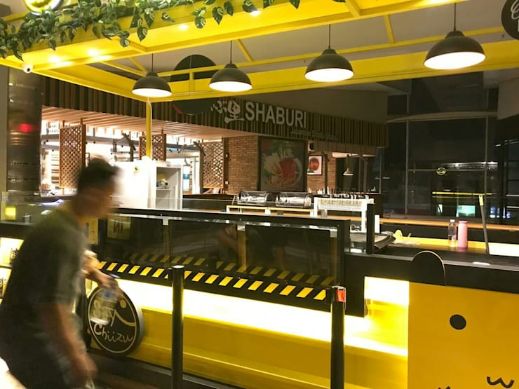 Stand retail MKG 2:   by SPADE Studio Indonesia