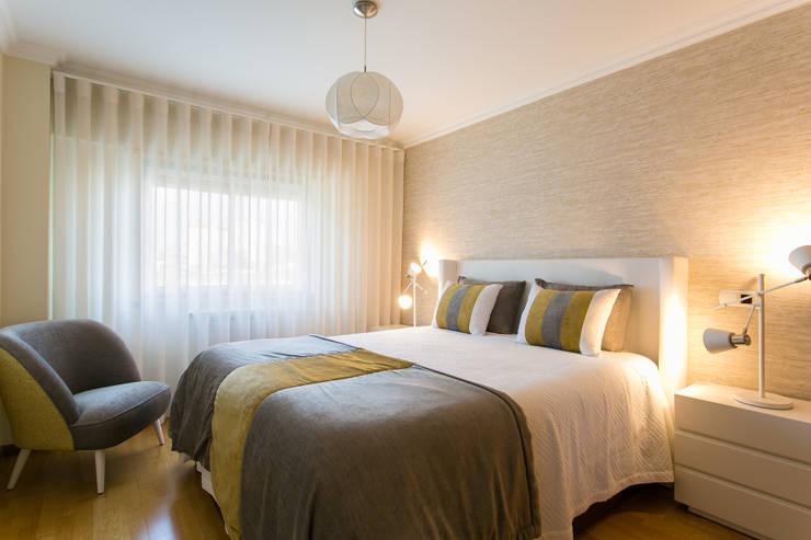 Chambre de style  par Traço Magenta - Design de Interiores