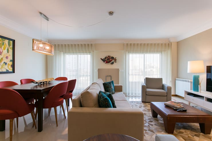 : Sala de estar  por Traço Magenta - Design de Interiores