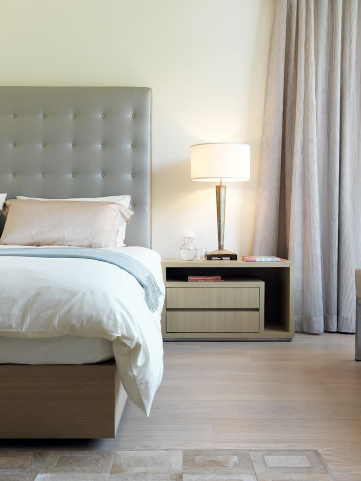 Pok Fu Lam House:  Bedroom by Original Vision