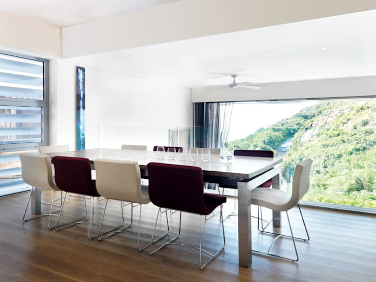 Peak House:  Dining room by Original Vision, Modern