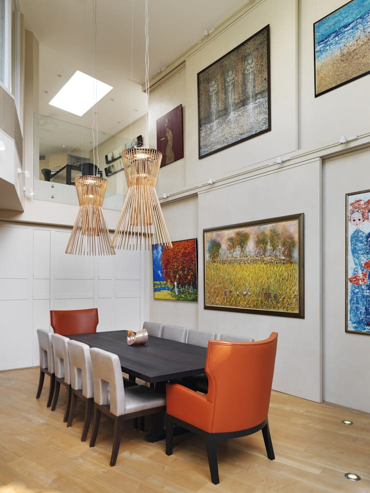 Round House:  Dining room by Original Vision, Classic