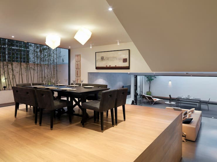 Clearwater Bay Villa:  Dining room by Original Vision, Modern