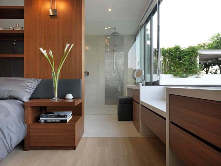 Clearwater Bay Villa:  Bedroom by Original Vision, Modern