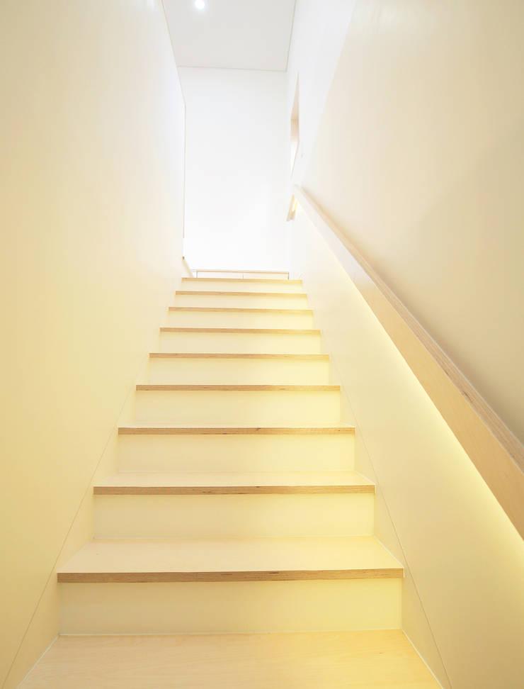 청한당: 소하  건축사사무소    SoHAA의  계단,