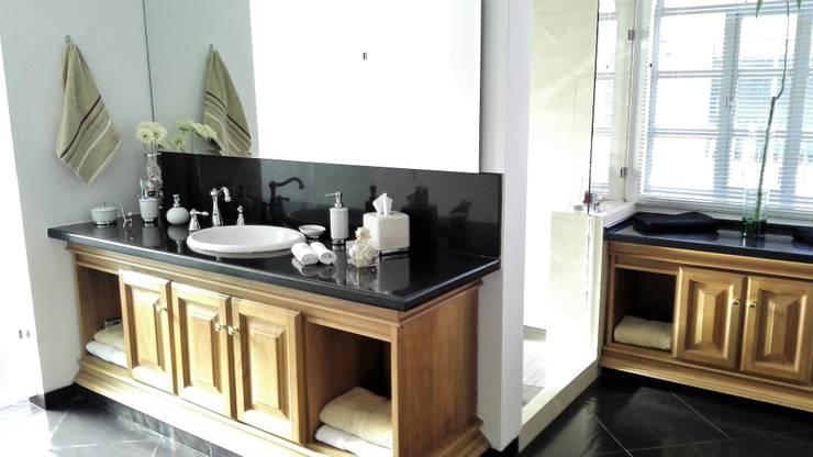 CASA CAMPESTRE: Baños de estilo  por INMOBILIAR Bienes Raíces