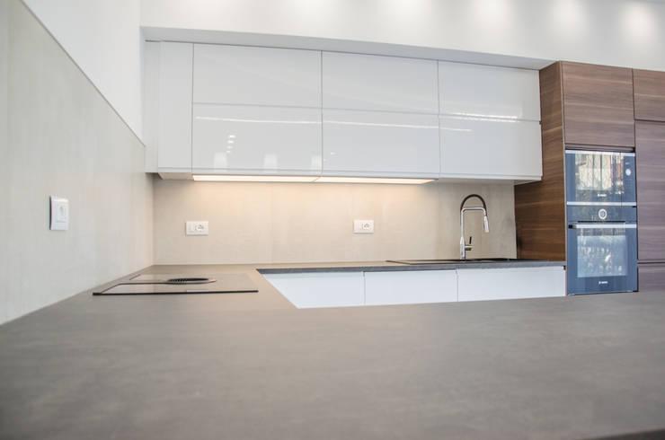 Una casa riportata a nuova vita – 120 mq di Studio ARCH+D Moderno
