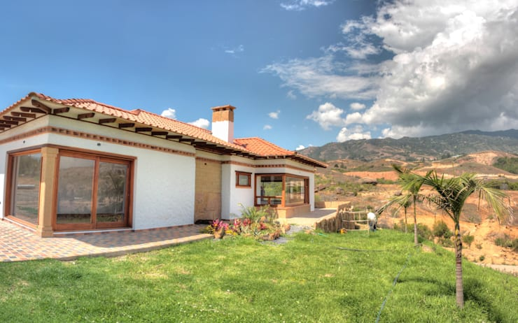 CASA SIERRA OESTE: Casas de estilo  por cesar sierra daza Arquitecto