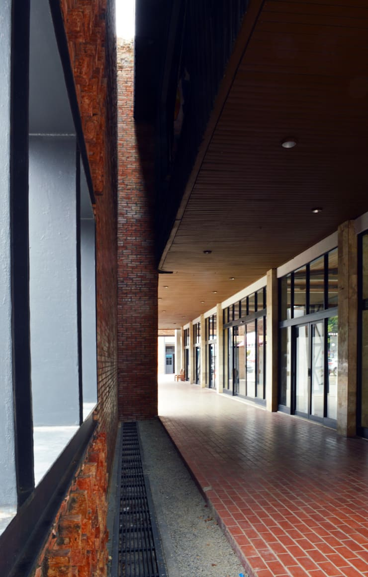 Exterior - After Main Building Corridor:  Pusat Eksibisi by PHL Architects