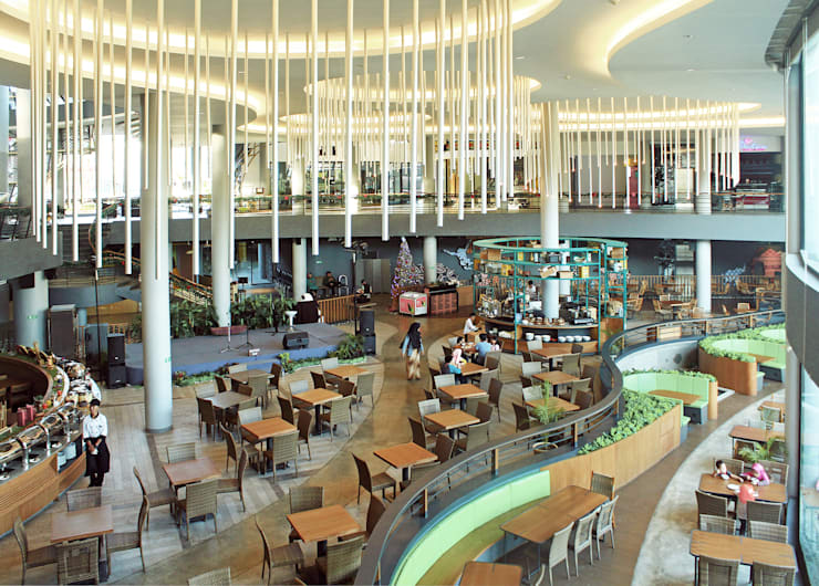 Interior - Restaurant:  Ruang Komersial by PHL Architects