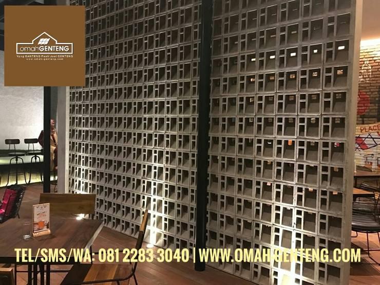 HP/WA: 08122833040 - Roster Beton Tangerang - Omah Genteng: Restoran oleh Omah Genteng, Minimalis Beton