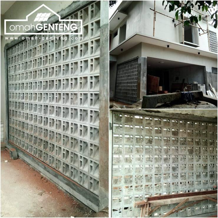 HP/WA: 081 2283 3040 - Roster Beton Depok - Omah Genteng: Kantor & toko oleh Omah Genteng, Minimalis Beton