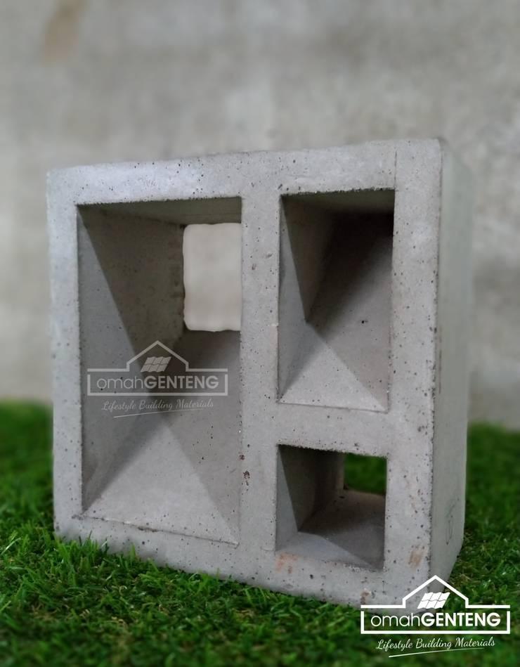 HP/WA: 081 2283 3040 - Roster Beton Solo - Omah Genteng: Gedung perkantoran oleh Omah Genteng, Minimalis Beton