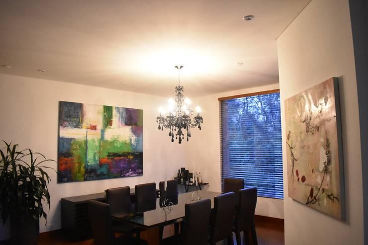 Comedores y chandelier: Comedor de estilo  por Lamparas Chandelier,