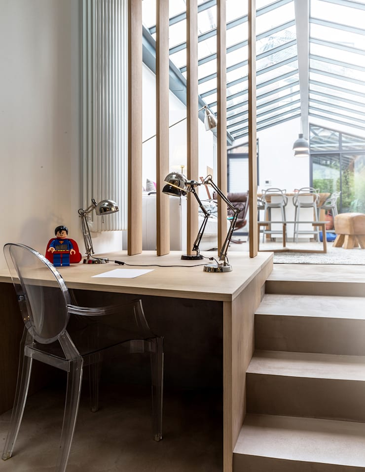 Loft à l'esprit industriel: Bureau de style  par Créateurs d'interieur
