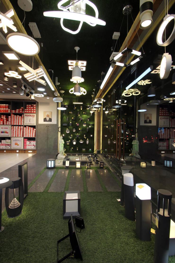 Commercial Spaces by F.Quad Architecture and Interior Design Studio