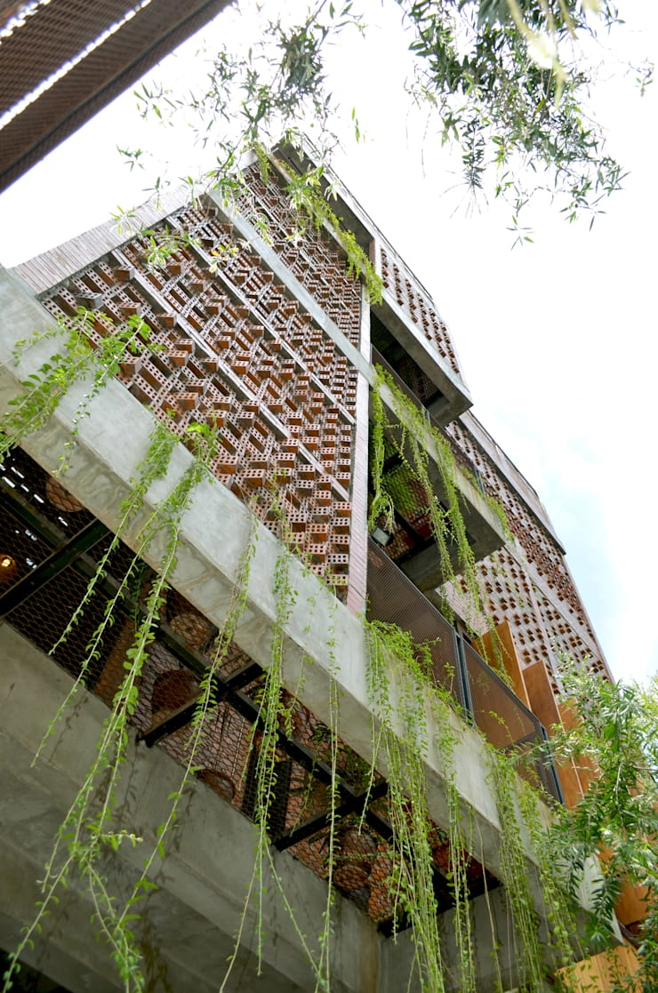 Exterior - Perspective View:  Gedung perkantoran by PHL Architects