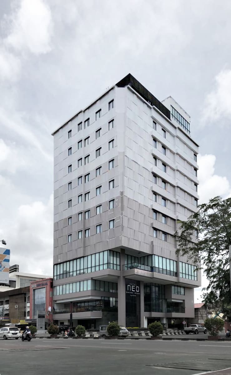 Exterior - Perspective Full:  Hotels by PHL Architects