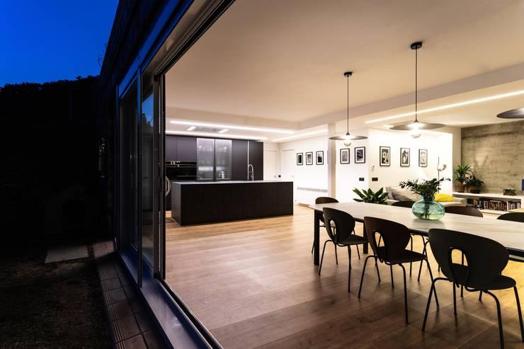MIX Salones de estilo industrial de Antonio Parrondo Interiorismo Industrial