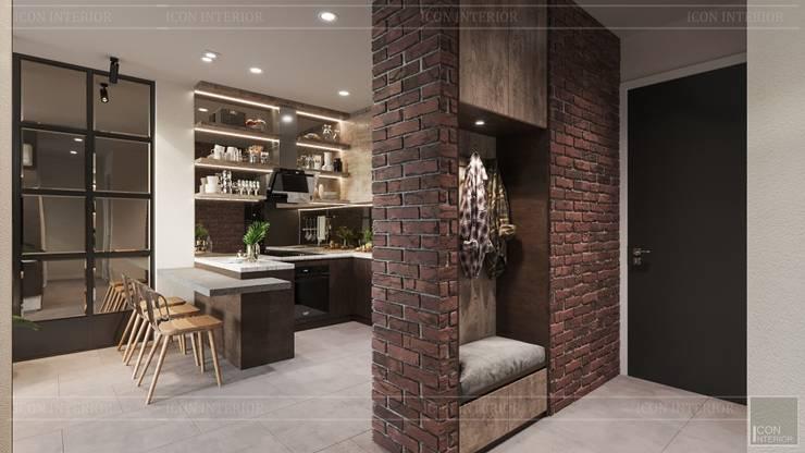 Phong cách Công nghiệp (Industrial style) trong thiết kế nội thất căn hộ Sunrise Cityview:  Nhà bếp by ICON INTERIOR