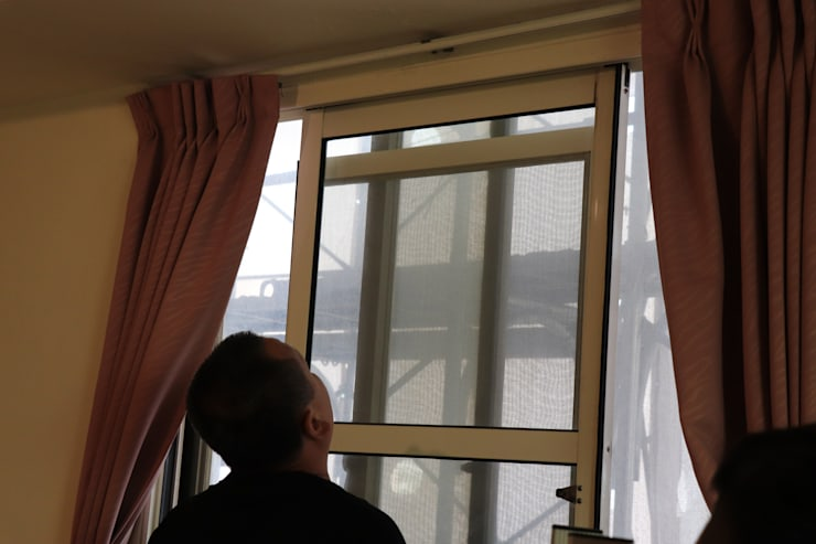 先將舊窗內扇拆下:   by 鵝牌氣密窗-台中直營店