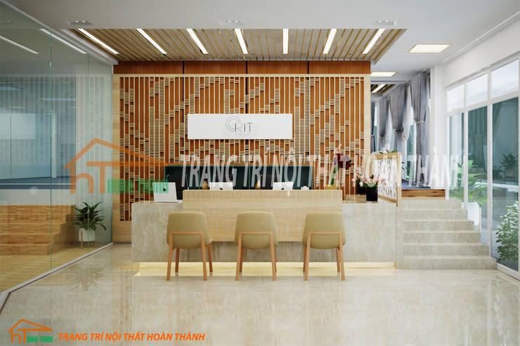 NỘI THẤT VĂN PHÒNG:  Office spaces & stores  by Nội Thất Hoàn Thành