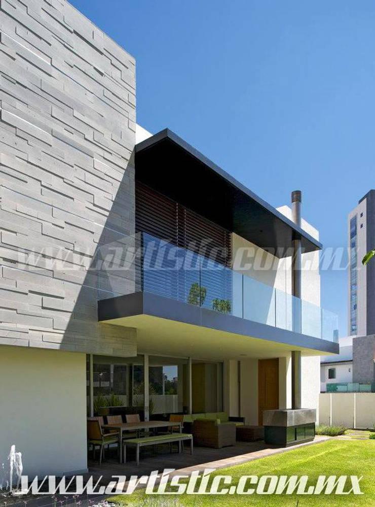 Balcón de estilo  por Artistic de MExico
