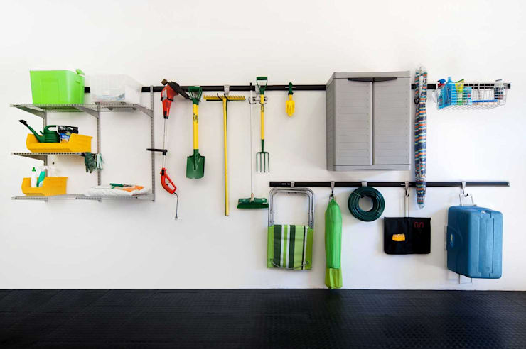 Garage Wall Storage Ideas:  Garage/shed by MyGarage