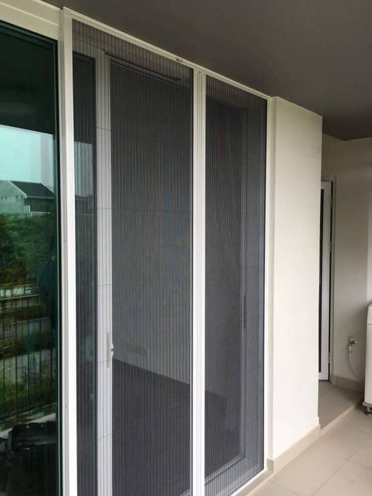 Cửa Lưới Chống Muỗi Việt Nhật 0908387444:  Windows & doors  by CỬA LƯỚI CHỐNG MUỖI VIỆT NHẬT gọi 0908387444