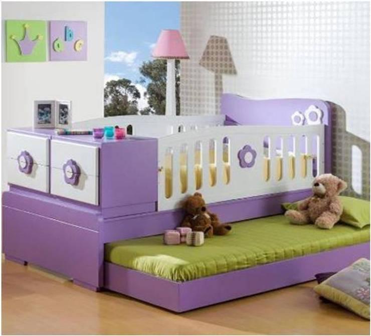 CAMA CUNA INFANTIL.. EN TONOS PASTELES: Habitaciones de estilo  por MUEBLERIA Y CARPINTERIA MADEYRA