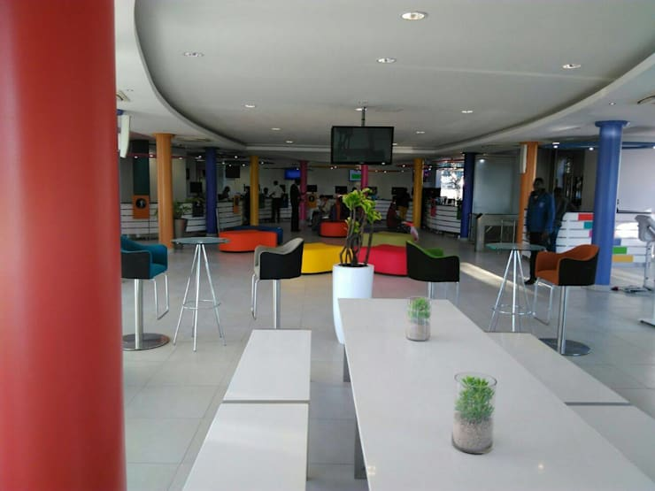 Commercial Spaces by Smartdesigns & Turnkey Projects PTY Ltd., Modern