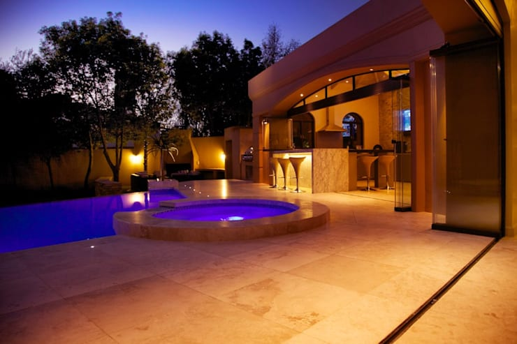 Terrazas de estilo  por Plan Créatif, Moderno