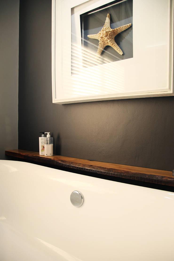 Vaal River:  Bathroom by Plan Créatif