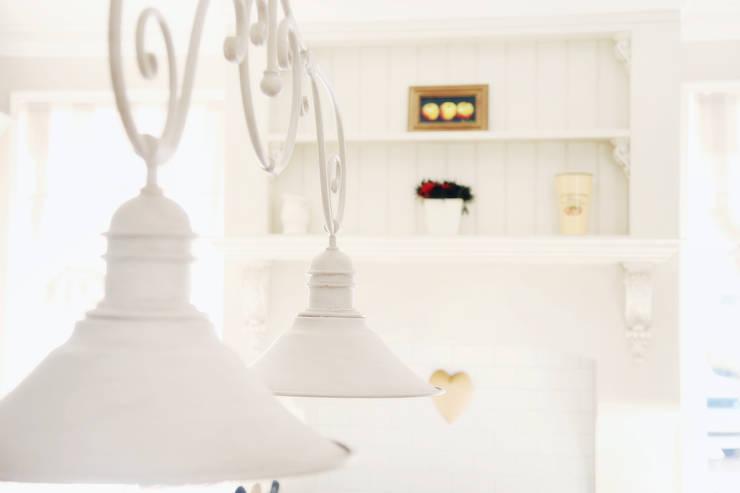 Saddlebrook Estate:  Kitchen units by Plan Créatif