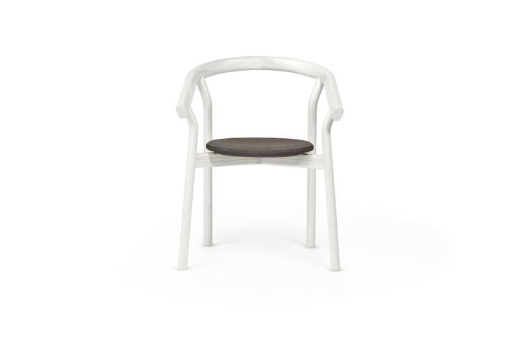 DORA chair - Warm White: Casa  por DAM