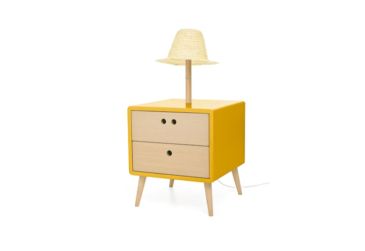 NEL bedside table with lamp - Dry Yellow: Casa  por DAM