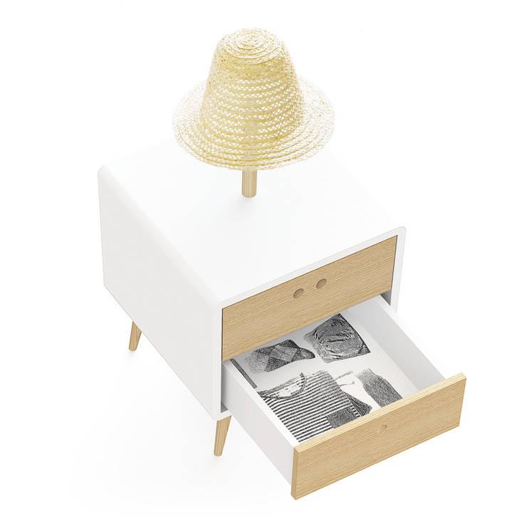 NEL bedside table with lamp  (drawer's inner coating in wallpaper): Casa  por DAM