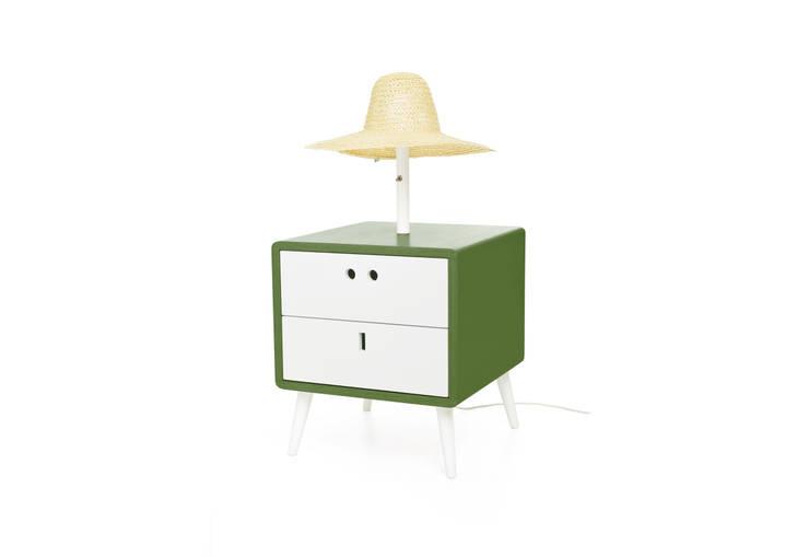 MARIA bedside table -Sleepy Green: Casa  por DAM