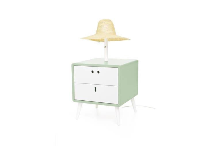 MARIA bedside table - Soft Green: Casa  por DAM