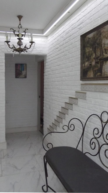 МОП квартиры ЖК Юго-Запад:  Corridor & hallway by Елена Колембет
