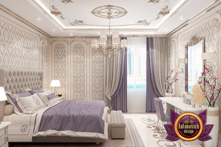 Grand Superb Bedroom Interior Design:   by Luxury Antonovich Design
