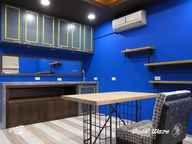 3樓美甲工作室:  臥室 by 台中室內設計裝修|心之所向設計美學工作室