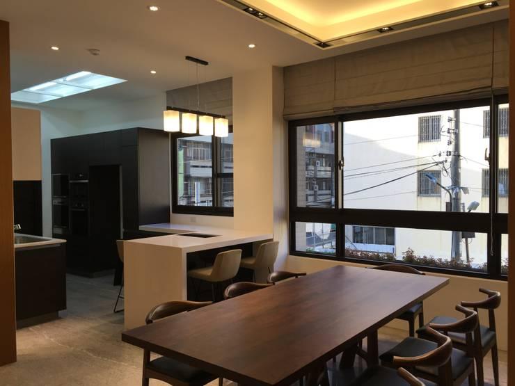 雅緻玉石質感居:  餐廳 by 台中室內設計裝修|心之所向設計美學工作室